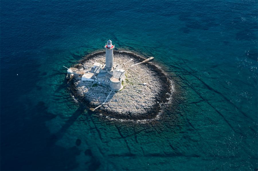 porer-lighthouse Croatie
