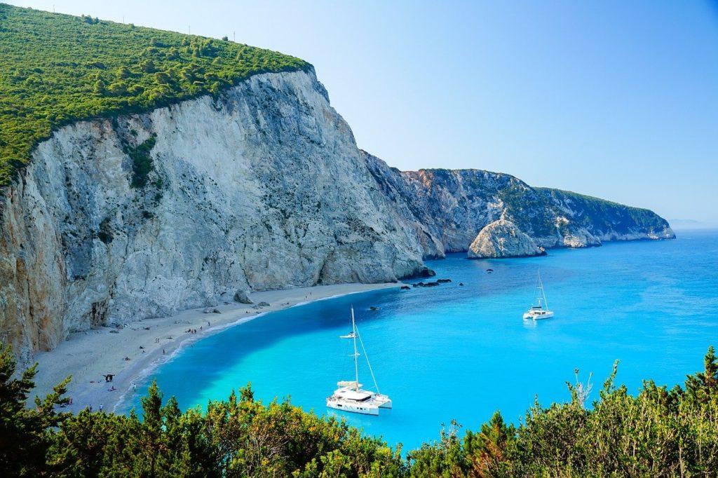 Ein einsamer Strand auf der Insel Lefkada, nur per Boot zu erreichen, Griechenland